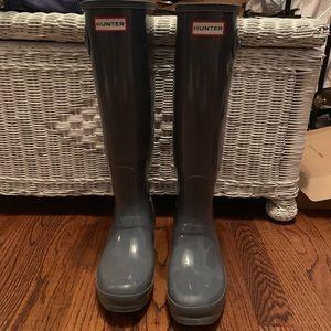 Hardly worn grey rain boots